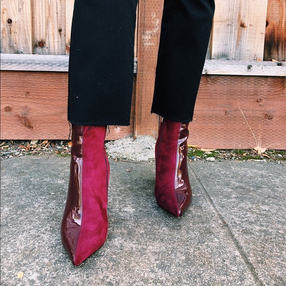 Shoes - Two tone maroon boots